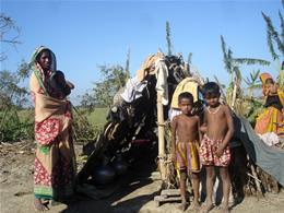 バングラデシュ・サイクロン被災状況