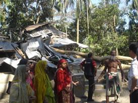 バングラデシュ、サイクロン視察写真