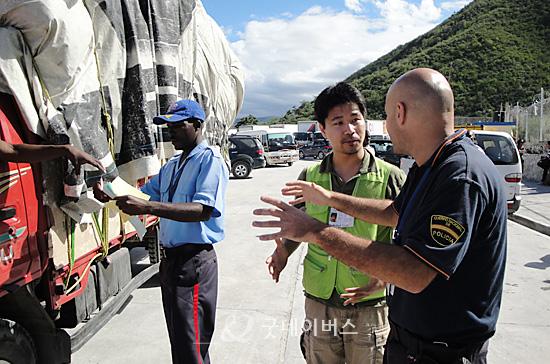 ハイチに入国