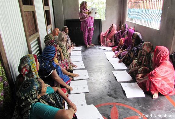 女性に教育を!識字教室